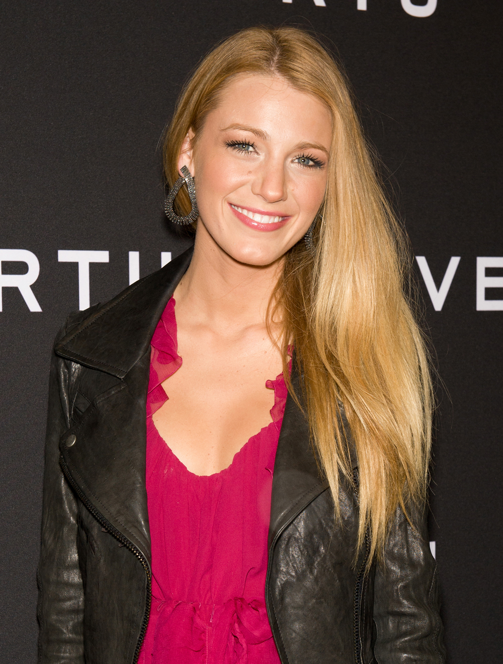 Blake Lively Long Wavy Hairstyles