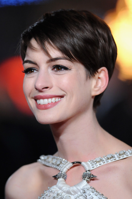 Cute Anne Hathaway Short Pixie Haircut 2013