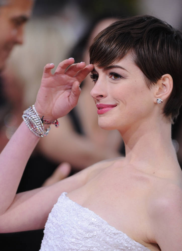 More Angles of Anne Hathaway Short Pixie Haircut 2013