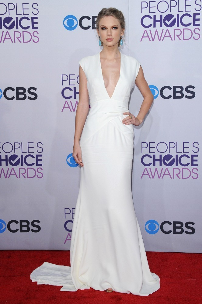 Taylor Swift Evening Dress at People Choice Awards 2013