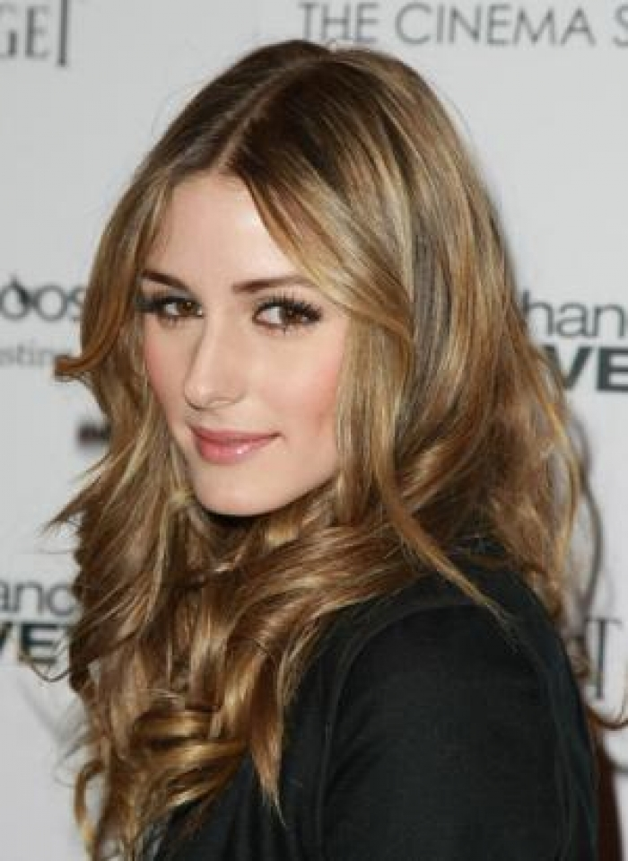 Loose Curly Hairstyles for Spring Summer 2013