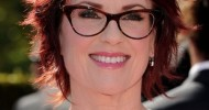 Short Hairstyles for Women Over Age 50 with glasses