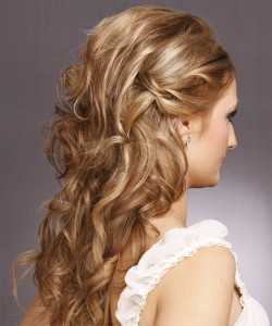 down curly hairstyles for bridesmaids