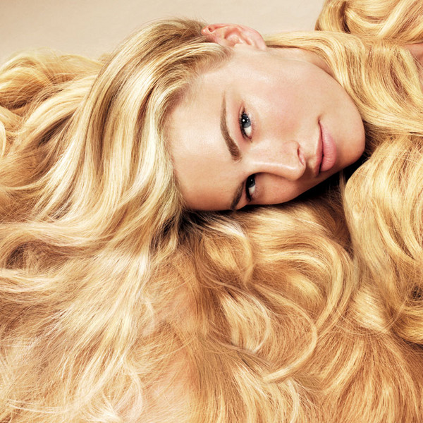 blonde hair with red highlights and lowlights