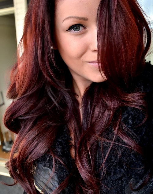 dark red hair color with highlights